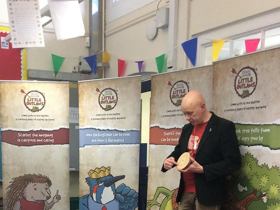 Author, Adrian Sissons, visiting Beeston Fields Primary School, Yr3